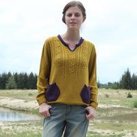 2014 Autumn women's high-end brands twist v-neck sweater Korean women bottoming solid hedging sweater woman