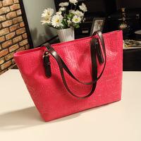 2014 new European and American Fashion portable shoulder bag Messenger bag ladies pu