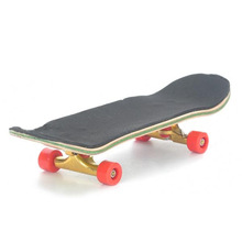 Wooden Finger Skate Board w/ Screwdriver (Random Pattern)(China (Mainland))