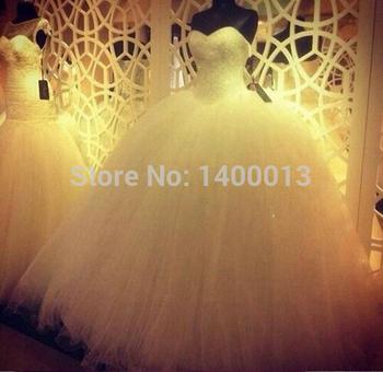 Реальный образец 2014 милая декольте кот винтаж дешево-органзы и тюль свадебные платья для девочек с бисером лиф