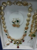 Hot-sell Christmas ! 2013most new style alloy  fashion jewellery set with gold plated ,4 set (necklace, bracelet,ring,earrings)