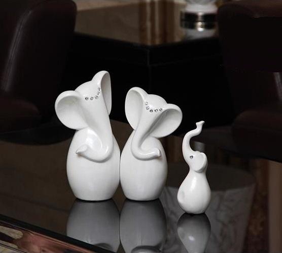 Modern Fashion Porcelain Elephant Family Figurine Statue Set Craft Accessories for House Decoration and Festival Embellishment(China (Mainland))