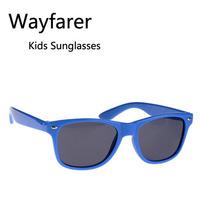 Wholesale Retail Fashion Classic Children Wayfarer Sunglasses Girls Boys Playing Eyewear