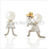 E001  FREESHIPPING New Stud Earrings Marry Picture Romantic Stud Earrings Two Colors Peal Earrings