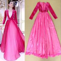Luxury sexy catwalk models put on a large velvet stitching V-neck dress