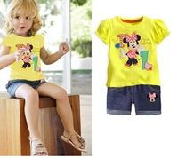 Free shipping! The new girl embroidered cartoon suits. Yellow clothes and shorts. With six sets of a batch of