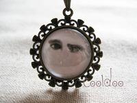 Free shipping tom hiddleston fashion zinc alloy glass pendant retro necklace for women men girls boys