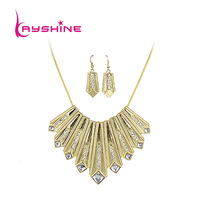 New Coming Fashion Elegant Square Acrylic Vintage Aulic Chain Choker Earrings and Necklace Set