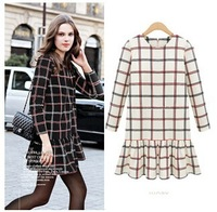 free shipping In the fall of 2014 new women's dress fashion  Vintage Plaid self-cultivation long sleeved backing skirt dress