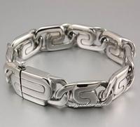 The titanium steel bracelet