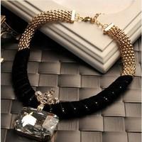 Latest Fashion Women Choker Gold Alloy Chain Necklace Big Glass Stone Pendant Necklace