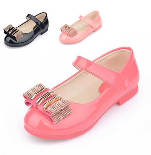 New 2014 European fashion summer girls shoes,Lovely diamond bow children sandals,High quality princess kids shoes,children shoes(China (Mainland))