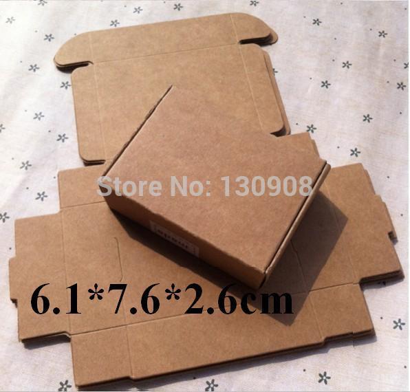 Size 6.1*7.6*2.6cm DIY kraft box packaging wedding favour gift box Free Shipping(China (Mainland))