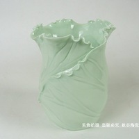 Special 19 yuan handmade ceramic fresh lotus leaf vase pen fashion Home Furnishing decoration decoration