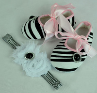 Free Shipping pearls & crystal button decoration baby girls toddler zebra pre-walker shoes with  headbands Child shoes