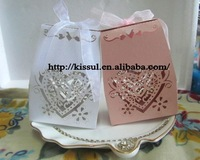 (250PCS/LOT) Newest Favor box Love Heart Laser cut wedding boxes in white and pink for wedding sweet box Express Free Shipping