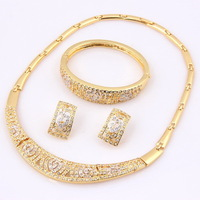 2014 New Arrival Gold Plated Heart Shape Wedding Bridal Necklace Bracelet Earrings Set Clear Crystal Indian Costume Jewelry Sets