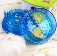 1pcs Garlic Press kitchen cooking tools stir garlic peeler crusher twist novelty households vegetable cutter Vegetable grater