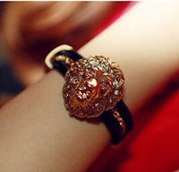 Min.Order $8.8(Mix Order) New 2014 Europe America Fashion Alloy Lion Head Leather Rope Lady Bracelet FB0040