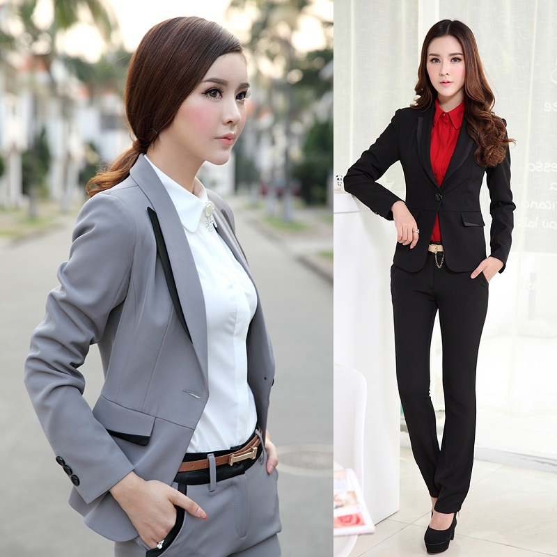 What women pant suits are in style for spring