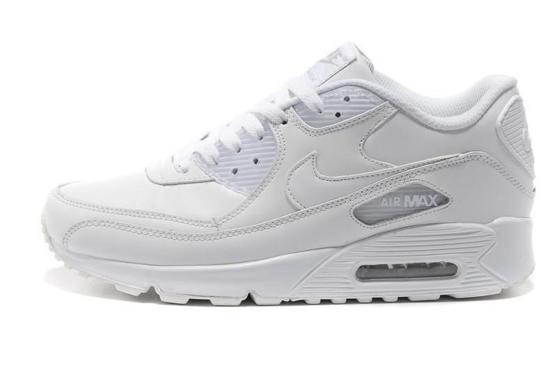 Nike Air Max 90 Blancas Puestas