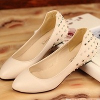 free shipping wholesale  2014 new  cusp assorted colors flat base Korean Rivet diamond  fashion Casual  Women's shoes