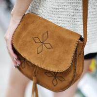 Hot Sale 2014 Vintage Fashion hand embroidered Cross Body handbag Solid Color Tassel Shoulder Bags Women Handbags free shipping