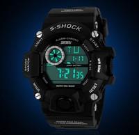 Outdoor sports waterproof and shockproof Hot Men versatile mountaineering diving watch