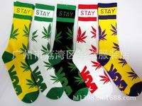 Free shipping DGK socks for men and women weed socks Hip hop fashion sports long skateboarding socks free size
