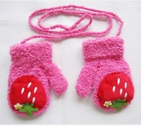 3PAIRS/LOT Hot selling Strawberry Decor Baby Gloves Full Fingers Halter-neck Thermal Carton Gloves
