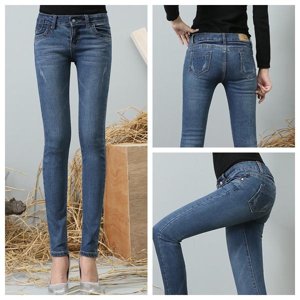 Девушка джинсах попа с доставкой