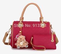 Wholelsale Trendy Red Leather Handbags Embossed Bags Women Shoulder Messegner Bag Tote Handbag Teddy Bear Charm Cluth Hand Bag