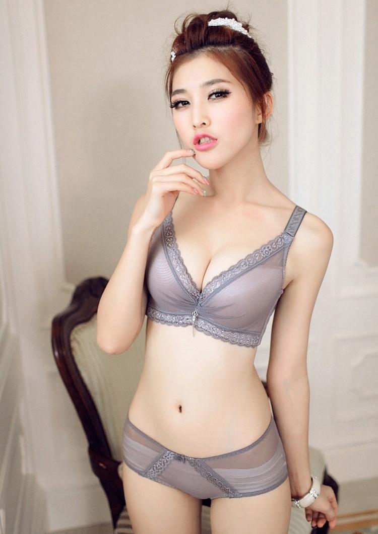Womens bra and panties