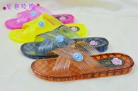 Prevent slippery jelly candy color crystal bathroom slippers Three colors to choose women's Beach Slippers
