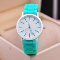 Hot Sale New Fashion Designer Geneva Ladies Sports Brand Geneva Silicone Watch Jelly Watch 12 Colors Quartz Watch for Women