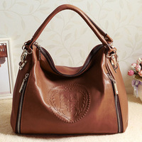 2014 Autumn/winter the latest European and American portable single shoulder slung the first layer of leather handbags