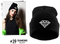 2014 New Fashion Vogue Winter Gorro DIAMOND Geometric Pattern Beanies Men Women Acrylic Caps Hats Skull Beanies 8 Colors HOT