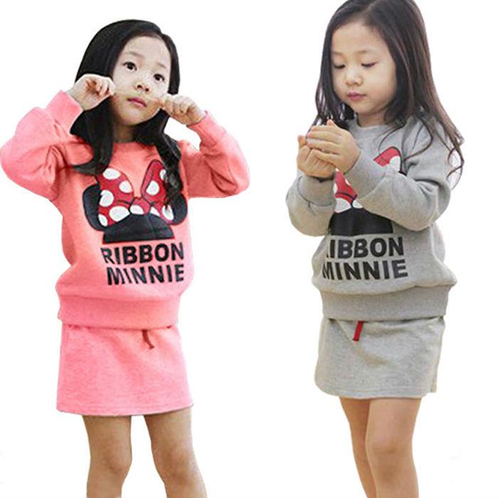 Vestidos de vestido ocasional crianças Vestidos de roupas de natal definir o-pescoço camisola com saia dos desenhos animados impresso crianças inverno Outwear TZC113(China (Mainland))