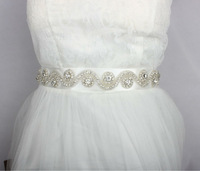 Hot Selling Luxure Rhinestones Applique Ribbon Bridal Sash White Wedding Dress Belt Very Shinny and Beauty