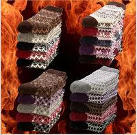 New Arrival Autumn cotton girls' sock Cashmere Socks & Hosiery for women Fashion Ladies socks Whole sale free shipping
