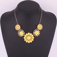 1738#European and American fashion jewelry geometric rose multicolor short temperament Necklace
