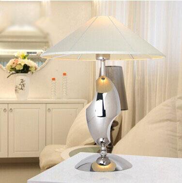 Modern minimalist creative decoration engineering stainless steel desk lamp(China (Mainland))
