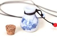 Eggshell ceramic decals retro sweater chain necklace Wishing bottle empty perfume bottle cork pendants