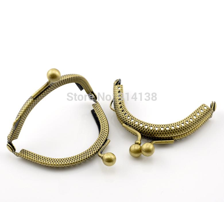 Free Shipping 5PCs Antique Bronze Bead Purse Bag Metal Arch Frame Kiss Clasp Lock 6.5x5.5cm B01468(China (Mainland))
