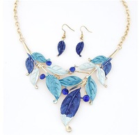 fashion Bohemian amorous feelings of coloured drawing or pattern leaves necklace earrings Sets+ Free shipping#09080256