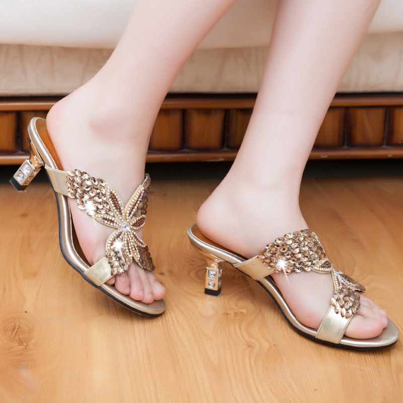 Sexy diamond with slippers OL temperament banquet sandals in summer fashion casual shoes(China (Mainland))