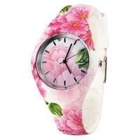 V6 Fashion Leisure Soft Silicone Strap Gilrs' Wrist Watch Quartz