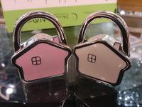 Cartoon house Pink and white house Women Handbag Hangers 3PCS/LOT Purse Hook Handbag Hanger Women handbag holder