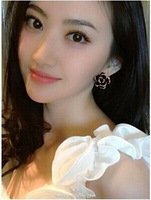 Min order is $9(can mix style) Fashion black and white flower camellia earrings