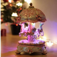 Free EMS Shipping! Merry Go Round Light Color Change Automatic Christmas Carousel Music Box Best Valentines Birthday Gift Toys